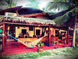 orion-cafe-hammock-chilling